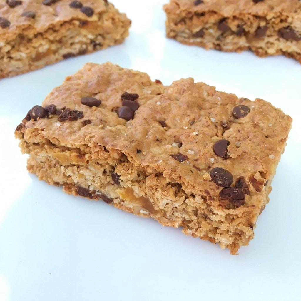 Chewy chocolate chip granola bars healthygffamily