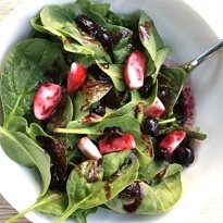 simple salad blueberry vinaigrette