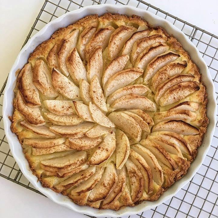 Dutch Apple Cake Uk
