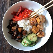 asian tofu bowl